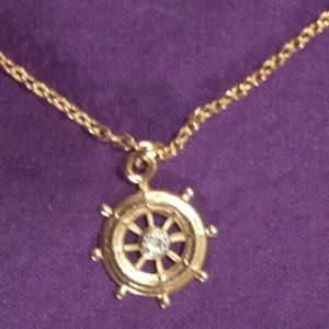 Jewelry - Goldtone ship wheel charm and chain